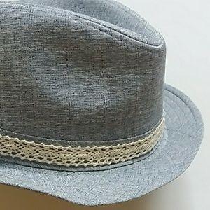 **blue hat**